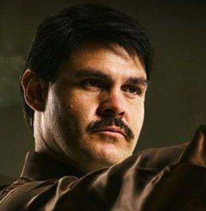 18- Marco de la O interpreta a Joaquín Guzmán en 'El Chapo' (Netflix, 2017)