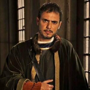 3- Julio Manrique interpreta a Isabel en 'Isabel' (2012, RTVE)