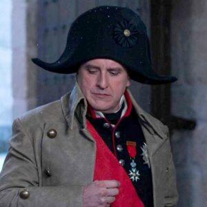 8- Fernando Cayo interpreta a Napoleón Bonaparte en 'El Ministerio del Tiempo' (RTVE, 2017)